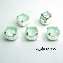 Swarovski Шатон 53203; Powder Green